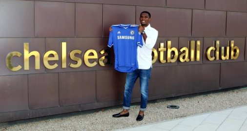 Chelsea FC : ETO'O SIGNS